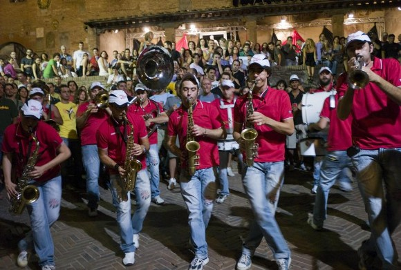 street band itinerante